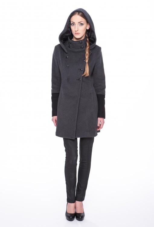 Woolen-coat-Adrea-01