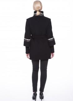 Woolen-coat-Beatrix-05