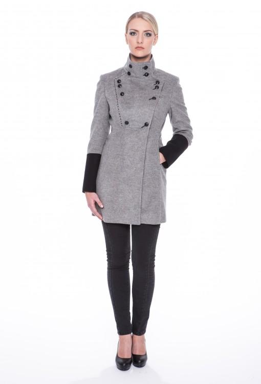 Woolen-coat-Blanca-01
