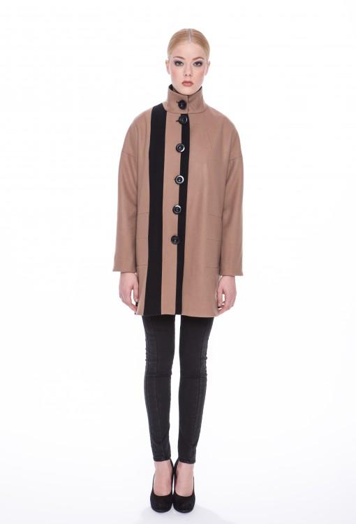 Woolen-coat-Judith-01